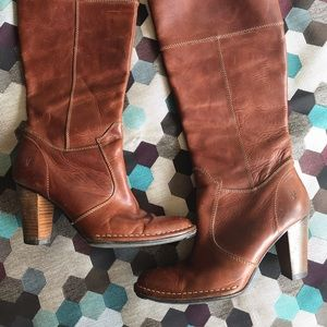 Frye Catherine 14 Pull on Leather Boots sz 8.5